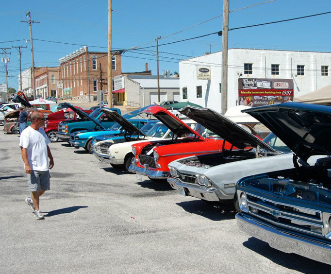 Country Days in Bolivar, car show