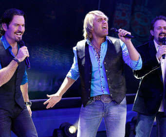 The Texas Tenors performing