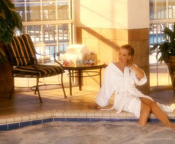 Indulge Your Senses at Chateau on the Lake Spa, relaxing
