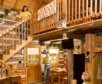 The beautiful interior of the cabin at Branson