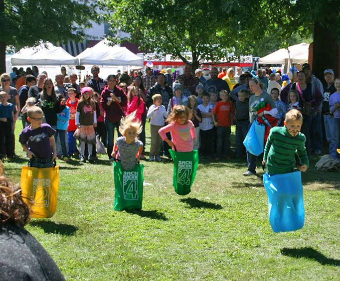 Bag race at the Seymour Apple Festival