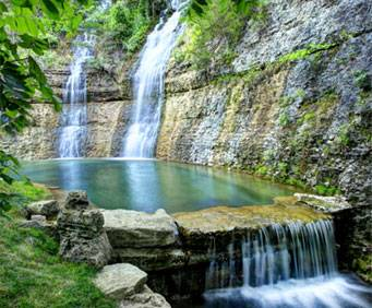 Dogwood Canyon Nature Preserve In Lampe Mo