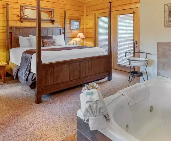 Photo of Cabins at Grand Mountain Jacuzzi Room