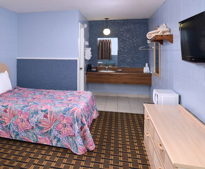 Americas Best Value Inn and Suites Room Photos